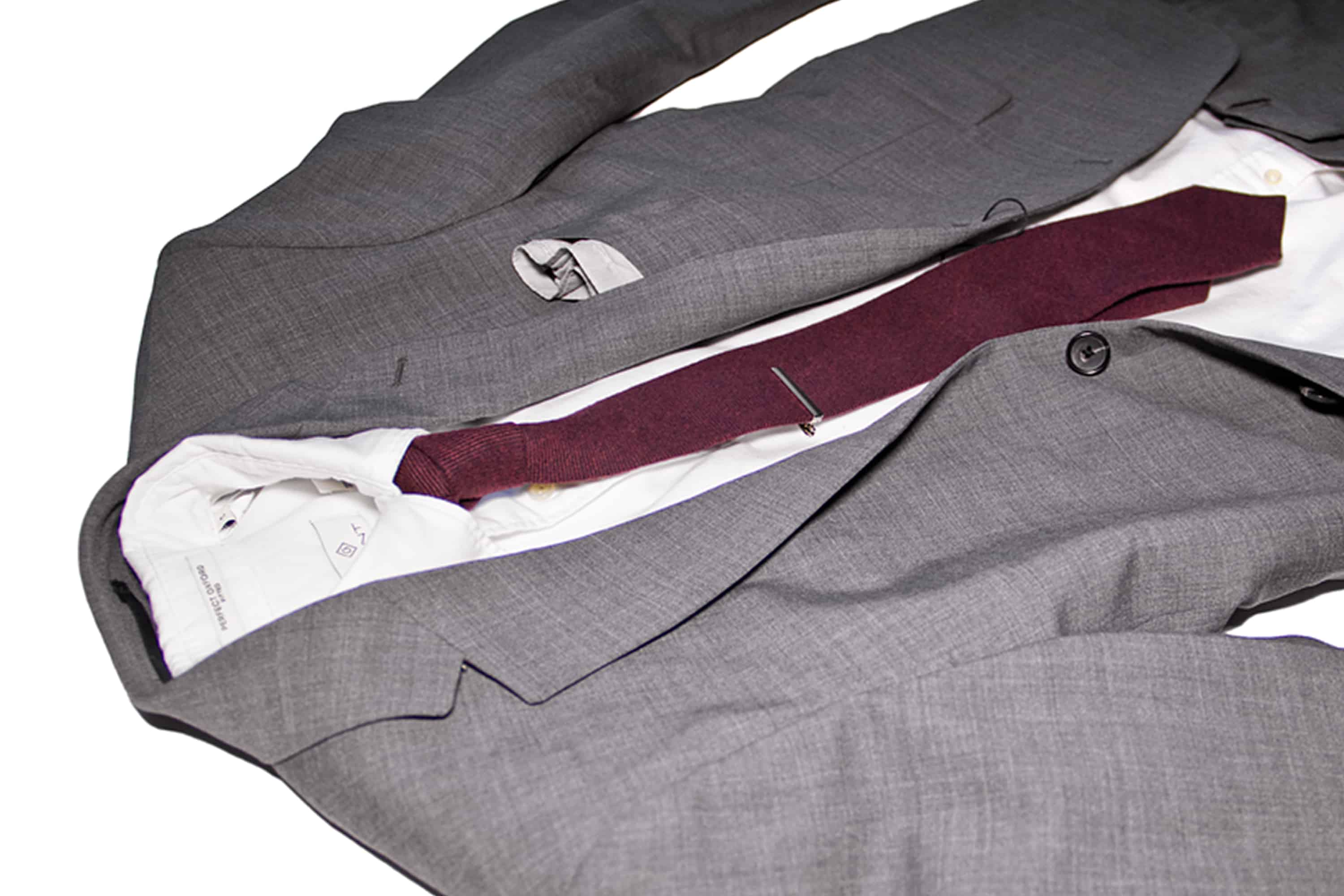 Men's suite outfit in MAN'edged Magazine ADVICE column for men's style