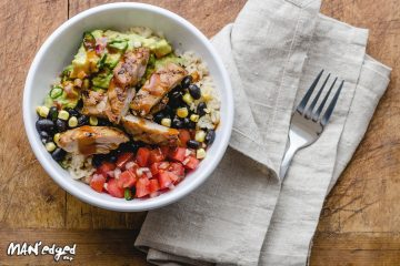 healthy restaurant chicken bowl from Field's Good Chicken