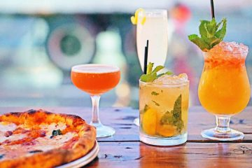 Wheater restauraunt pizza with cocktails
